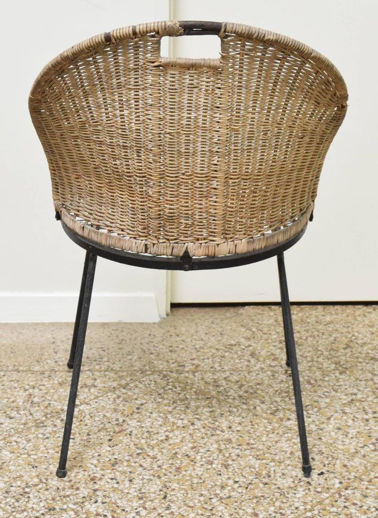 Wicker Chair by Maurizio Tempestini for Salterini In Fair Condition For Sale In Princeton, NJ