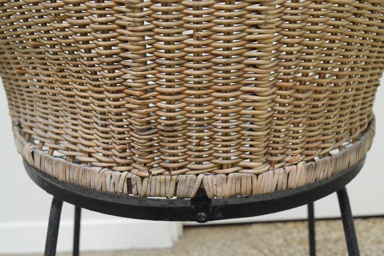 Mid-20th Century Wicker Chair by Maurizio Tempestini for Salterini For Sale