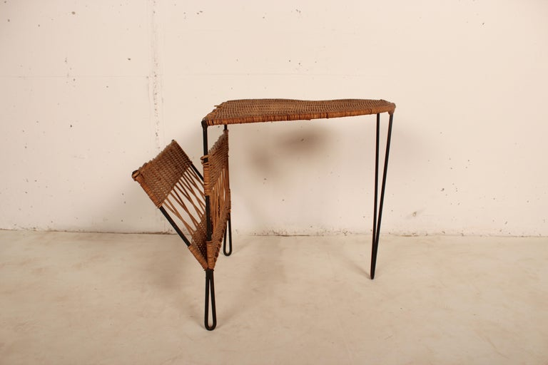 Mid-20th Century Wicker Side Table with Magazine Holder by Raoul Guys, France, 1950 For Sale