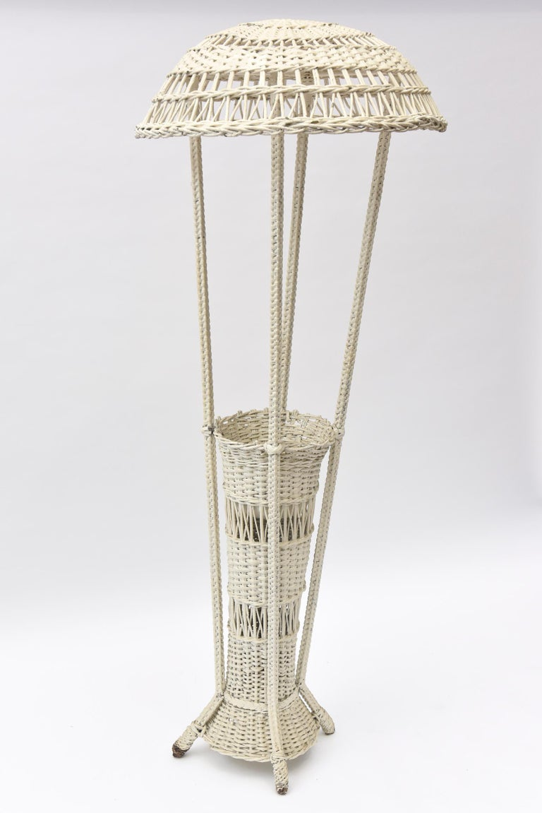 American Wicker Standing Floor Lamp Early 20th Century with Flower Vase Insert Base For Sale