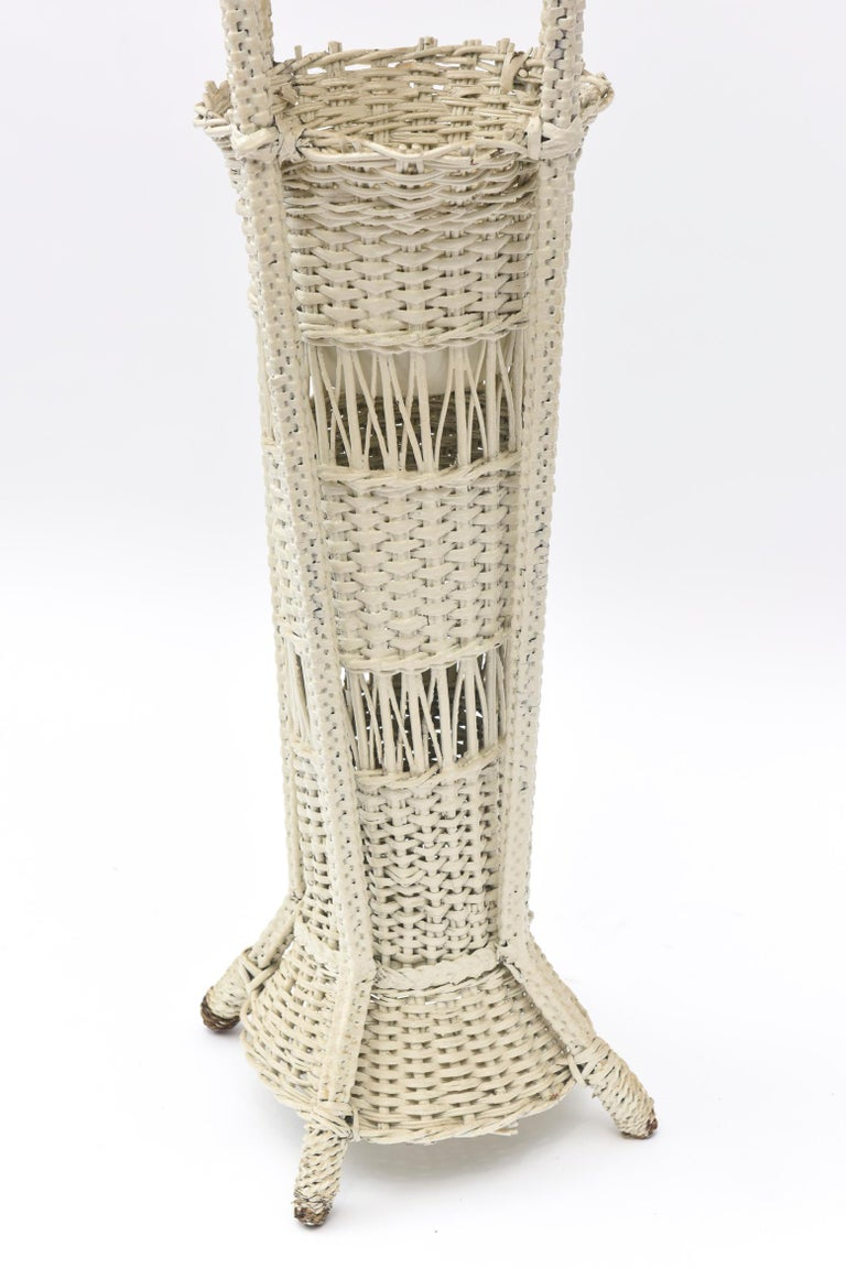 Woven Wicker Standing Floor Lamp Early 20th Century with Flower Vase Insert Base For Sale