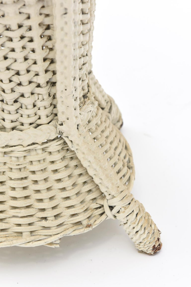 Wicker Standing Floor Lamp Early 20th Century with Flower Vase Insert Base In Fair Condition For Sale In Miami Beach, FL