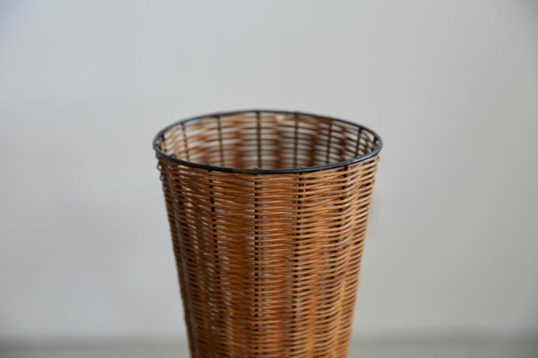 French Wicker Table Lamp For Sale