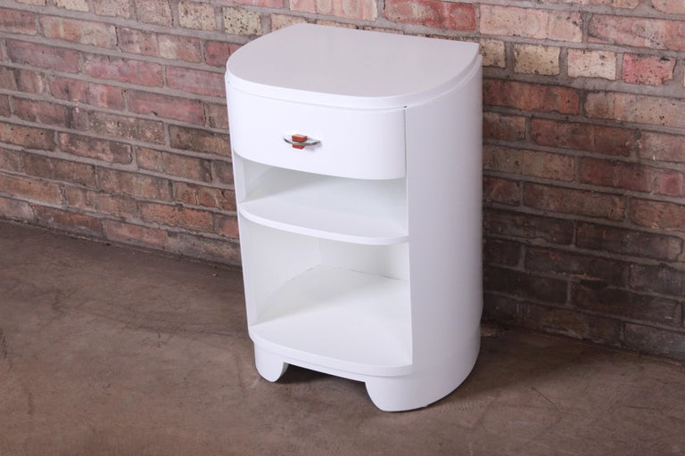 Widdicomb Art Deco White Lacquered Nightstand, Newly Refinished In Good Condition For Sale In South Bend, IN