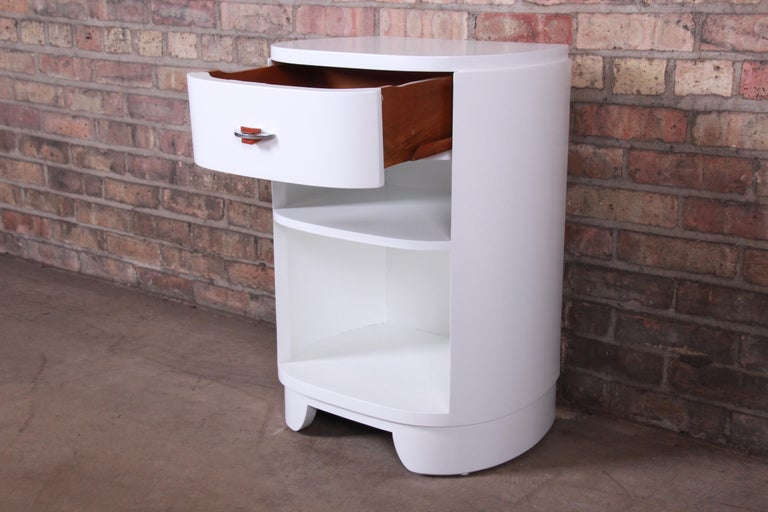 Widdicomb Art Deco White Lacquered Nightstand, Newly Refinished For Sale 1