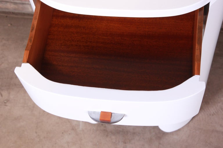 Widdicomb Art Deco White Lacquered Nightstand, Newly Refinished For Sale 3