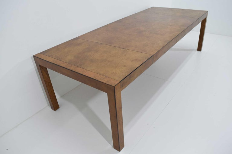 Widdicomb Burl Wood Dining Table In Good Condition For Sale In Dallas, TX
