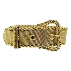 Wide 18 Karat Yellow Gold Antique Mesh Buckle Bracelet