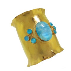 Wide Yellow Gold Cuff Bracelet with Large Cabochon Moonstone and Appetite