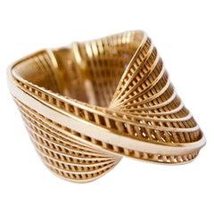 18 Karat Yellow Gold wide Mobius Ring, Twisted Ring, Luxury Ring.