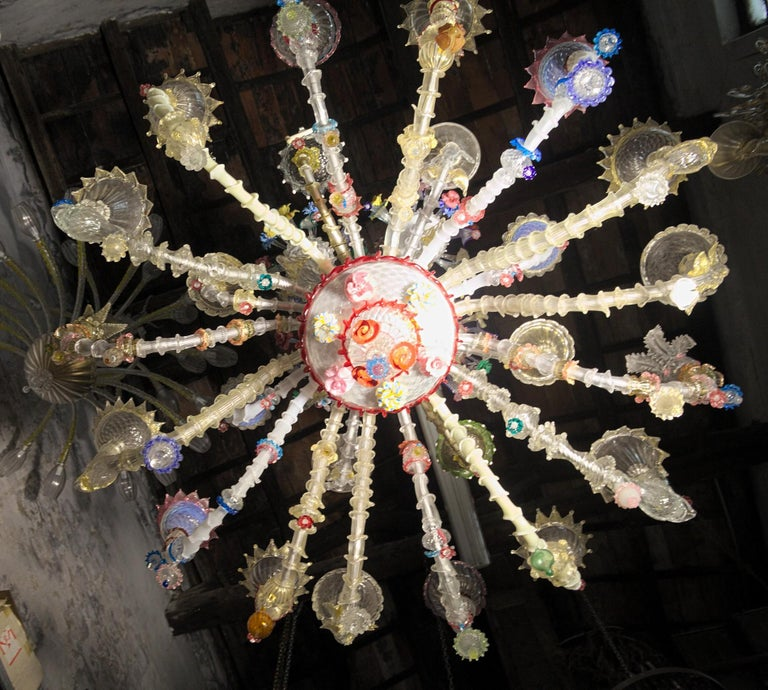 Pauly Wide Rezzonico Eclectic Chandelier 24 Arms, Unique Elements Combination  In Good Condition For Sale In Tavarnelle val di Pesa, Florence