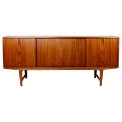 Wide Sideboard in Teak of Danish Design from the 1960s