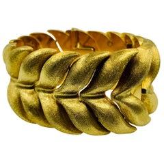 Estate Wide, Heavy Textured 18 Karat Yellow Gold Bracelet, Italy, 20th Century
