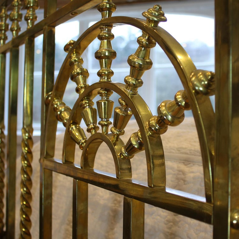 Wide Victorian Brass Antique Bed MSK66 For Sale 2