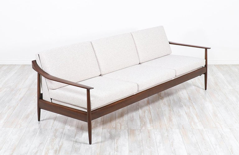 Wilhelm Knoll convertible sofa / daybed for Antimott Knoll.
