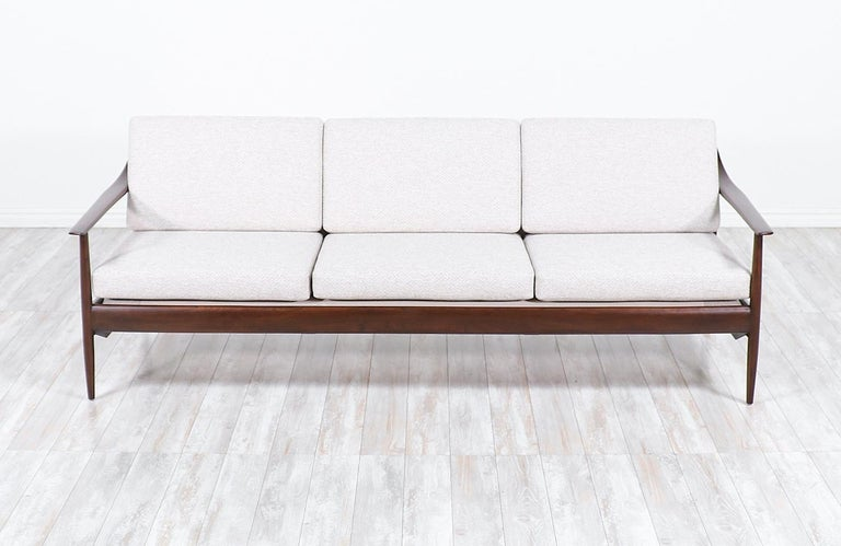 Wilhelm Knoll Convertible Sofa / Daybed for Antimott Knoll In Excellent Condition For Sale In Los Angeles, CA