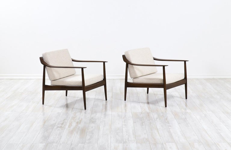 German Wilhelm Knoll Lounge Chairs for Antimott Knoll