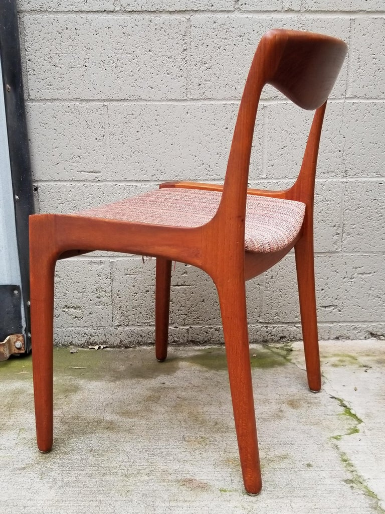 Wilhelm Volkert for Poul Jeppesen Danish Modern Dining Chairs, Set of 6 In Good Condition For Sale In Fulton, CA