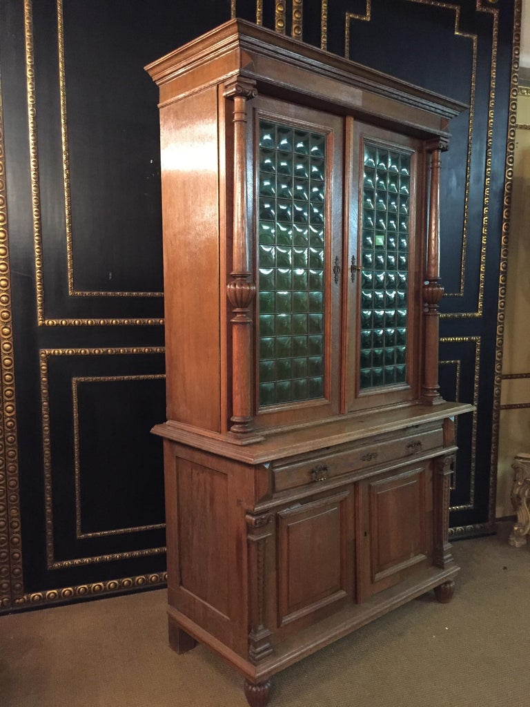 Wilhelminian Style Cupboard with Small Green Glass, circa 1880 For Sale 11