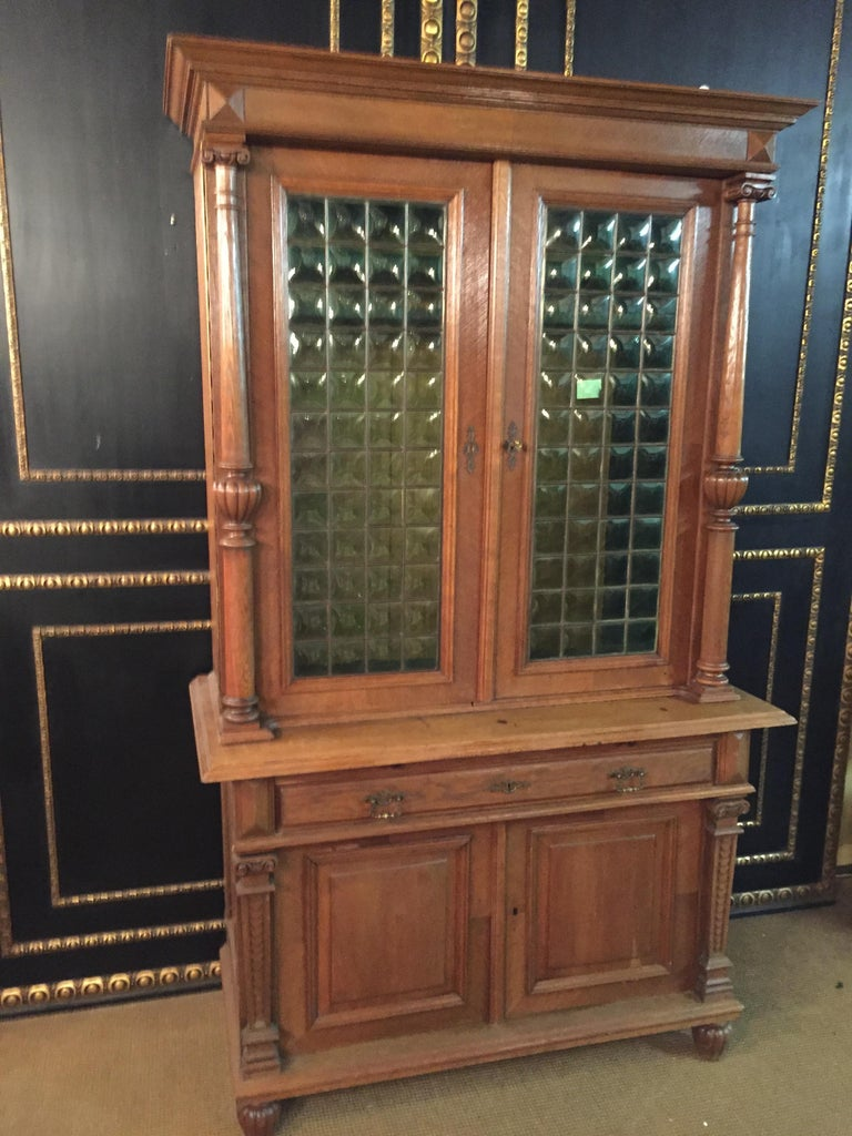 Here we offer you a truly incredible Wilhelminian cabinet with the finest epoch-style styling features.