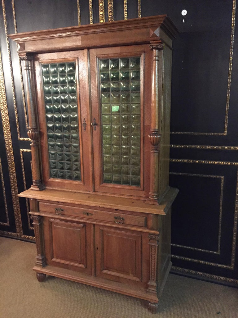 Wilhelminian Style Cupboard with Small Green Glass, circa 1880 In Good Condition For Sale In Berlin, DE