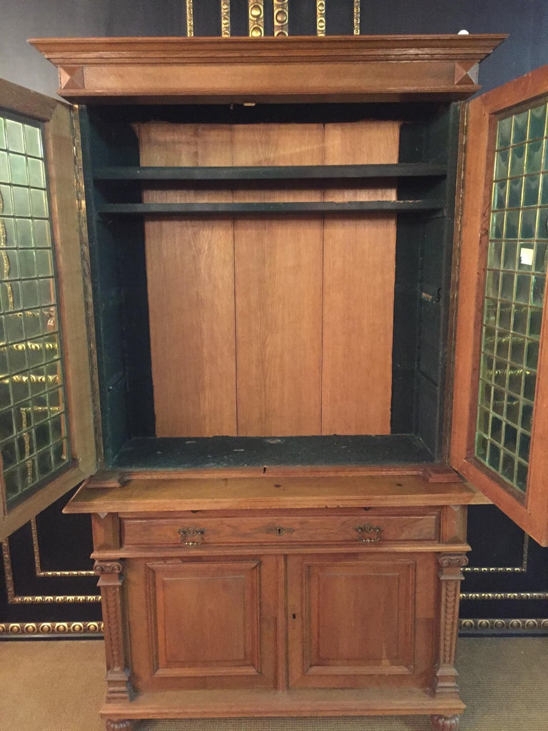 Wilhelminian Style Cupboard with Small Green Glass, circa 1880 For Sale 5