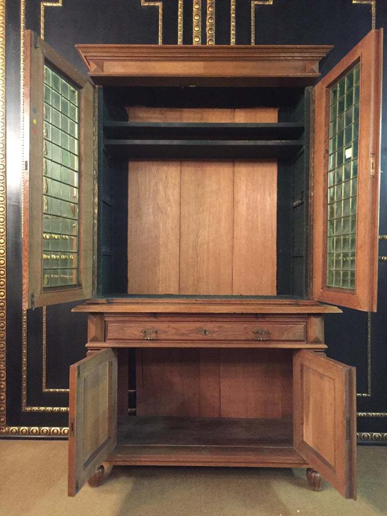 Wilhelminian Style Cupboard with Small Green Glass, circa 1880 For Sale 6