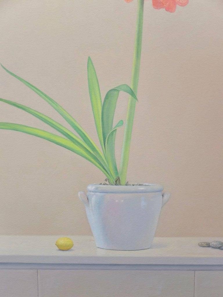 Amaryllis with Lemon / oil on canvas - Painting by Willard Dixon