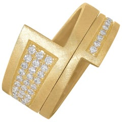 Wille Jewellery White Diamond Pave Chased Yellow Gold Stacking Rings
