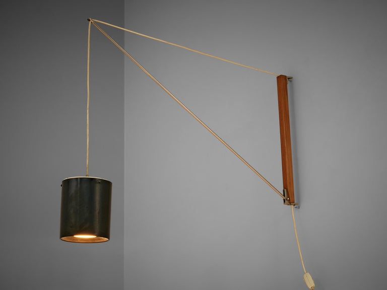 Willem Hagoort, 'Arc' wall light, teak, metal, the Netherlands, 1950s