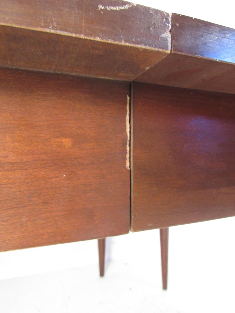 Willett Solid Cherry Transitional Drop Leaf Dining Table For Sale 5