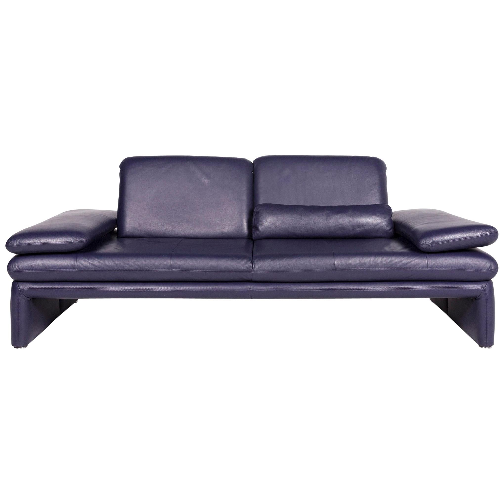 Prime Leather 3 Seat Sofas 2311 For Sale On 1Stdibs Pdpeps Interior Chair Design Pdpepsorg