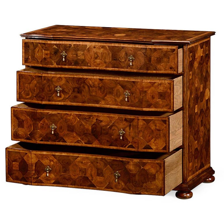 English William and Mary Oyster Veneer Chest of Drawers For Sale