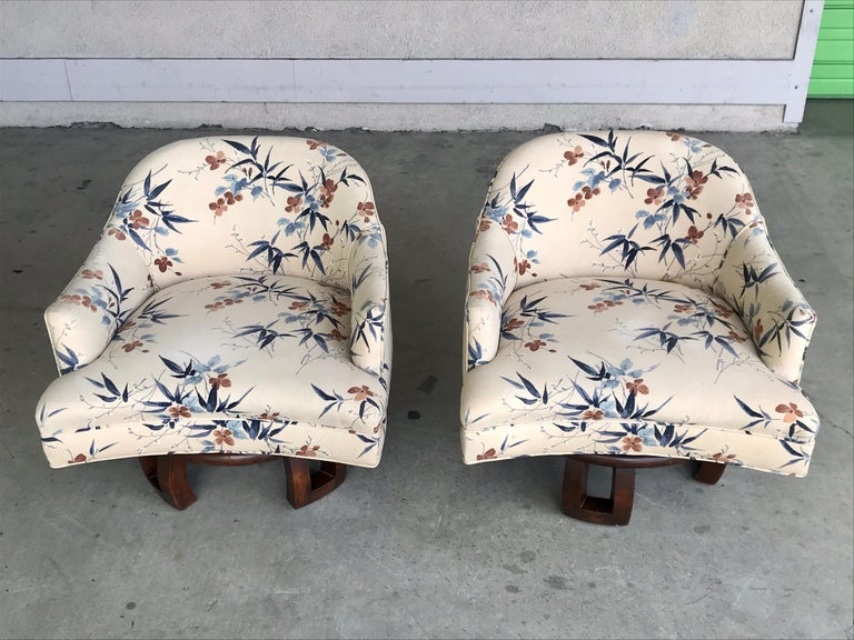 William Billy Haines Swivel Base Lounge Chairs, 1960's For Sale 4