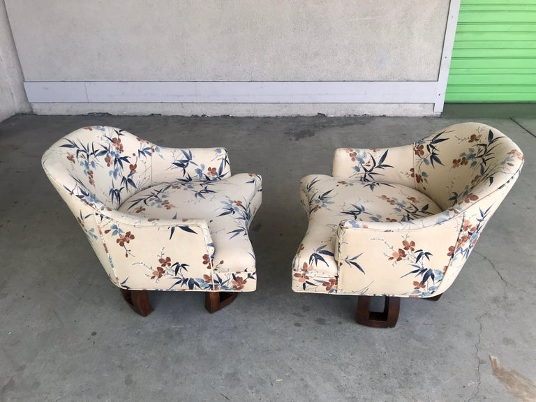 William Billy Haines Swivel Base Lounge Chairs, 1960's For Sale 11