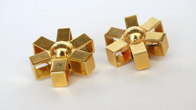 Women's William De Lillo Gold Asterisk Clip Earrings For Sale