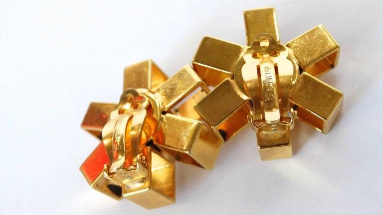 William De Lillo Gold Asterisk Clip Earrings For Sale 2