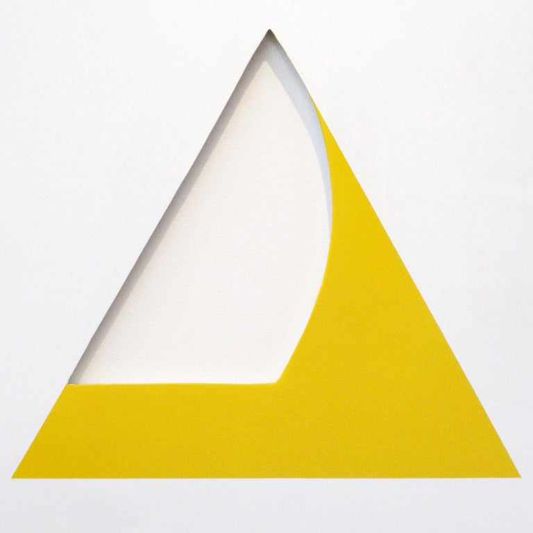 Pivot Yellow - Sculpture by William Fares
