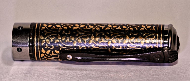 William Henry Cabernet Ivy Limited Edition Roller Ball Pen In New Condition For Sale In Melbourne, FL