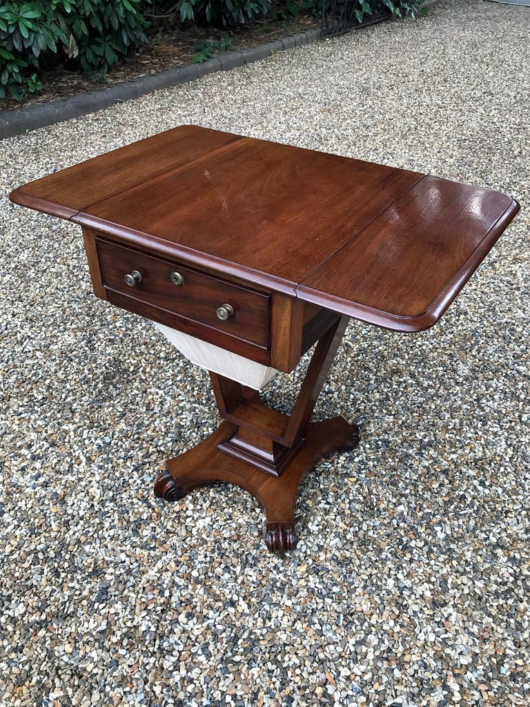 Hand-Crafted William IV Mahogany Drop-Leaf Work Table For Sale