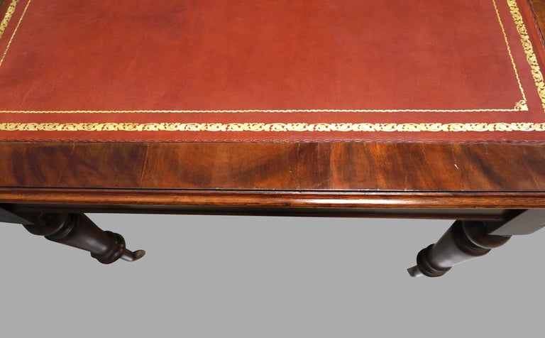 William IV Mahogany Partners Writing Table with Leather Top In Good Condition For Sale In San Francisco, CA