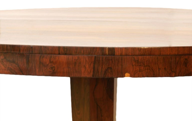 Polished William IV Round Rosewood Three Footed Pedestal Center Table or Dining Table