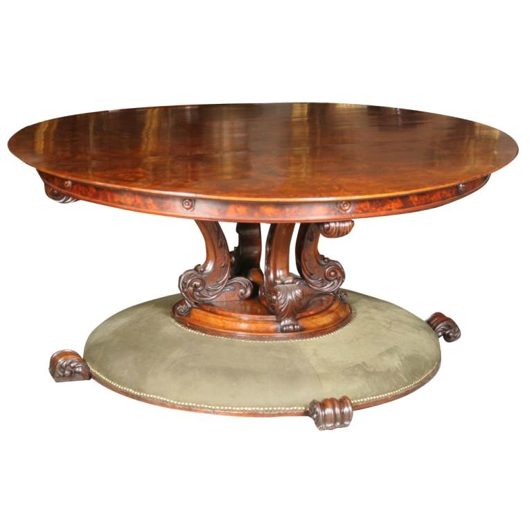 William IV Walnut Circular Table