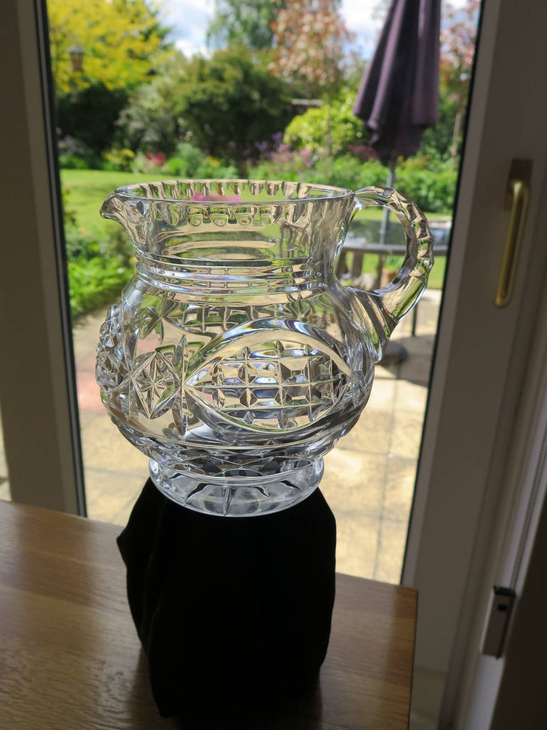 William IV Water Jug or Pitcher Crystal Cut-Glass, Anglo-Irish, circa 1835 In Good Condition For Sale In Lincoln, Lincolnshire