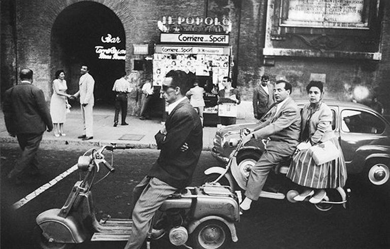 Red Light and Vespa, Rome