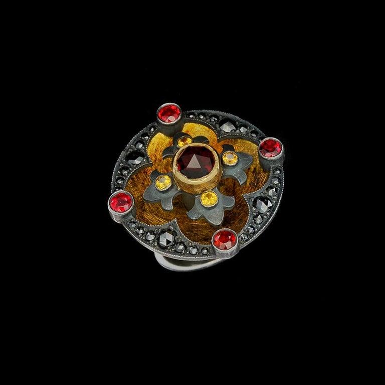 Rouge Disc Ring 18 Karat Gold Sterling Silver Diamonds Sapphires Garnets For Sale 4