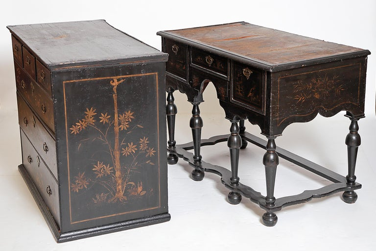 William & Mary Chest on Stand / Black Lacquer and Gilt Chinoiserie Decoration For Sale 5