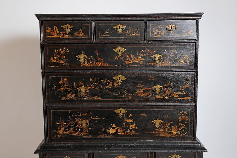 William & Mary Chest on Stand / Black Lacquer and Gilt Chinoiserie Decoration For Sale 1