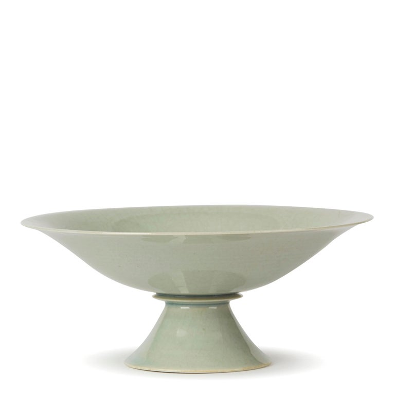 Glazed William Mehornay Studio Pottery Porcelain Celadon Stem Dish, 1974-1975 For Sale