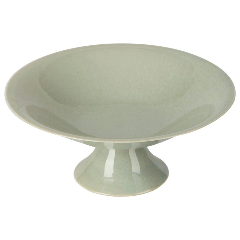 William Mehornay Studio Pottery Porcelain Celadon Stem Dish, 1974-1975 For Sale